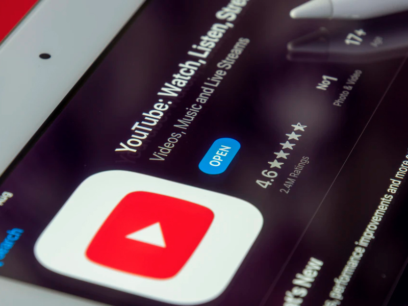 Tips & Tricks To Use Instagram Swipe-Ups To Generate More Youtube Subscribers